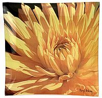 O2 Golden Dahlia - Click for Detail